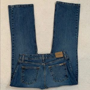 Levi's Signature Stretch Mid Rise Bootcut Jeans